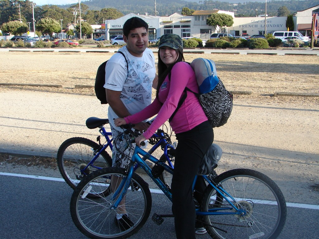 Biker couple packs on trail - DSC00336