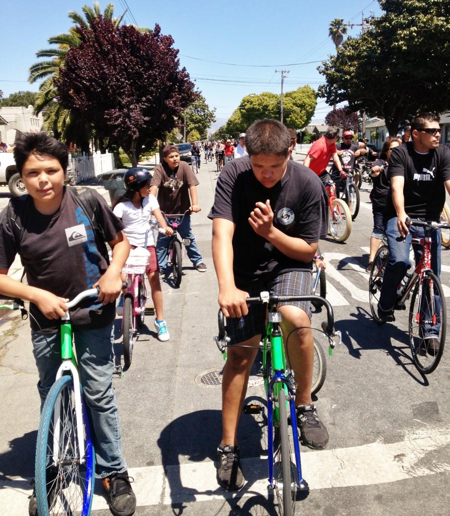 Burrito Ride 5-19-13 Salinas - here boys at the lead