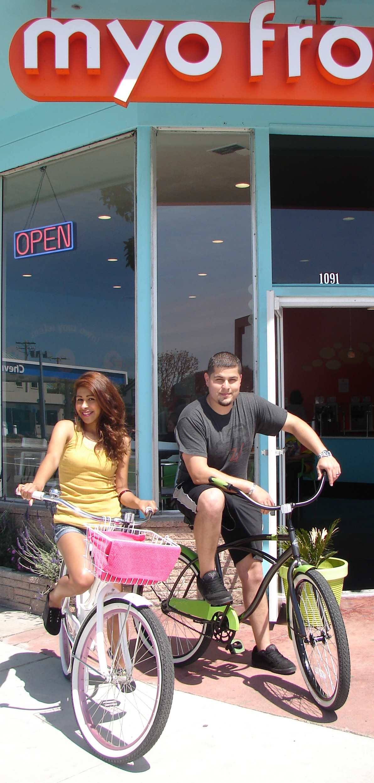Bike date - S. Main Salinas - MYO 2)